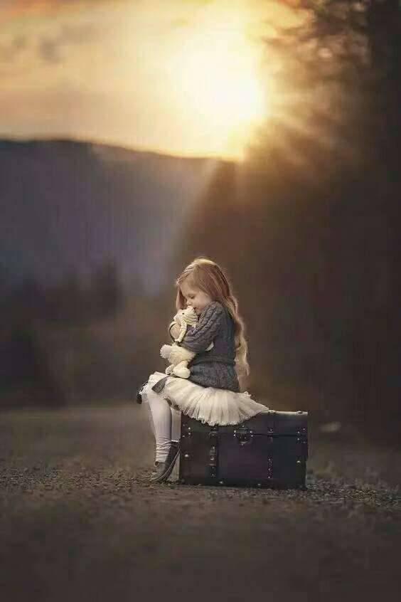 在冬天里,做一个心中有温暖的人。就像冬天里的树,安静的等待发芽。 早上好